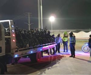 Operativo contra carreras ilegales en Santa Marta.