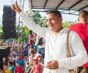 Polémica en San Zenón por deuda a contratistas.