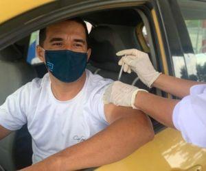 A vacunar a los conductores.