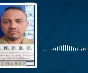 Otón Alfredo Peralta Estupiñán, alias 'Otón', extorsionando a comerciantes vía telefónica.