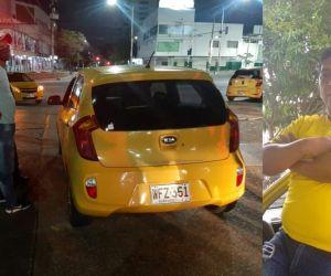 Efrén Santiago Soto conducía este taxi cuando fue baleado.