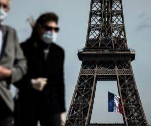 Francia enfrenta nueva ola de contagios.