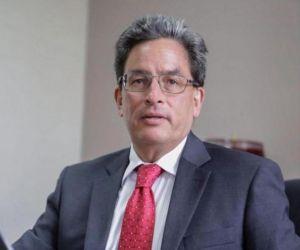 Alberto Carrasquilla.
