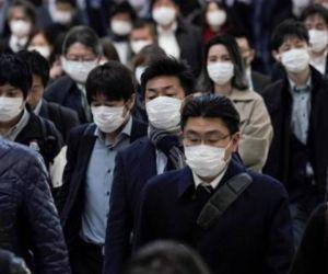 Japoneses en las calles.