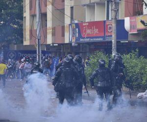 Batalla campal en la 72, en Barranquilla.