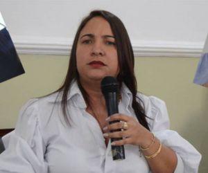 Elizabeth Molina.