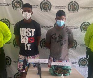 Allanamientos dejan dos presuntos expendedores de drogas capturados.