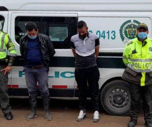 Hombres capturados.