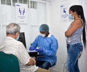 Se espera que con el nuevo lote avance la vacunación completa de muchas personas que aún esperan su segunda dosis de Pfizer.