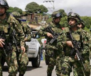 Cinco soldados murieron y otros tres resultaron heridos.
