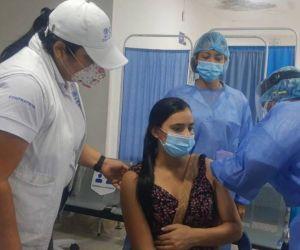 Vacunación a migrantes embarazadas.