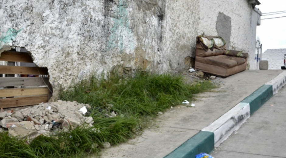 Lugar donde se estrelló el carro que mató a la menor