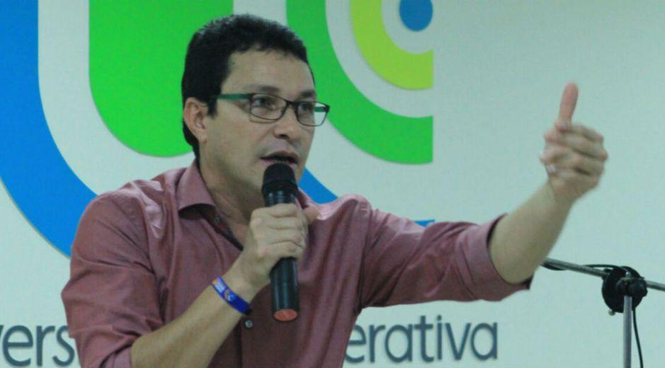 Carlos Caicedo comienza a figurar en las encuestas a la Presidencia.