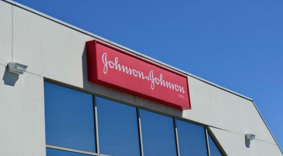 Johnson & Johnson todavía enfrenta más de 300 demandas pendientes en este sentido en California y más de 4.500 denuncias en todo el país.
