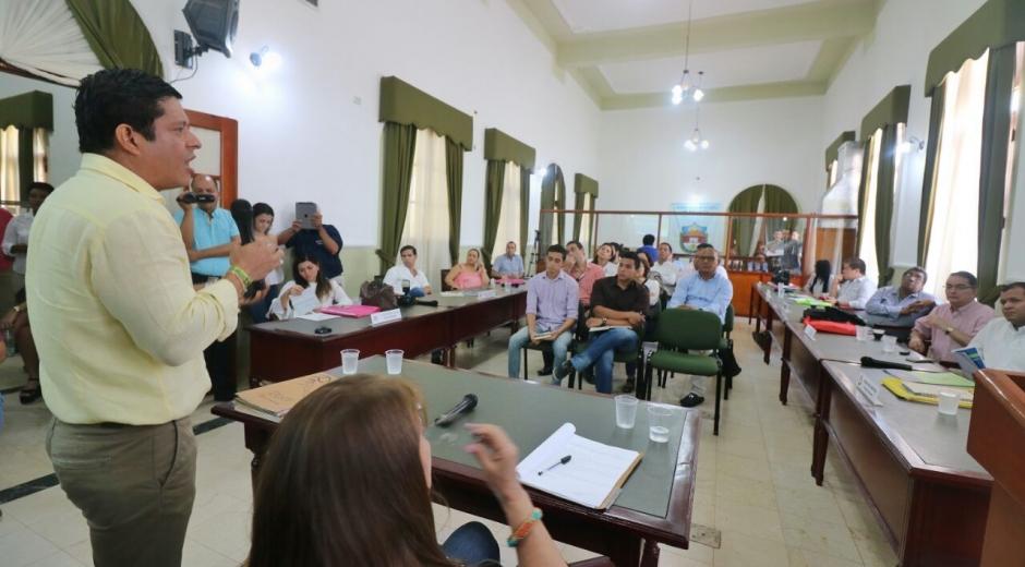 El rector Pablo Vera expuso recientemente la importancia de este aumento en el recaudo.