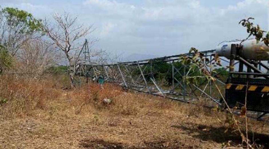 ELN voló dos torres de energía en Cesar y Antioquia.