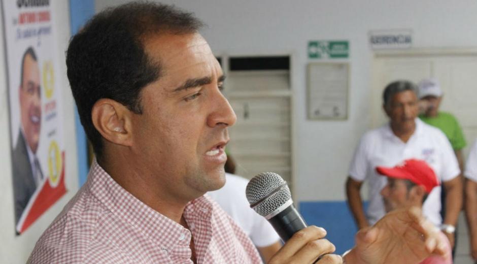José Pinedo, aspirante a la Cámara.