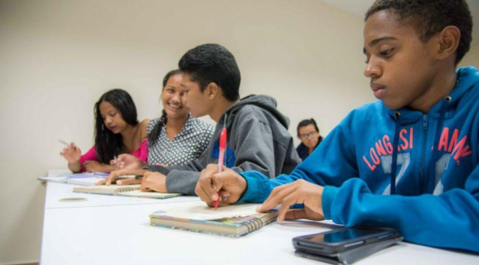 Hace un mes que los jóvenes beneficiarios del Programa Talento Magdalena iniciaron su ciclo académico en la Universidad del Magdalena. Desde entonces y como universitarios, ellos han vivido numerosas experiencias transformadoras que les han permitido adquirir una perspectiva más amplia de lo que significa tener acceso a la educación superior.