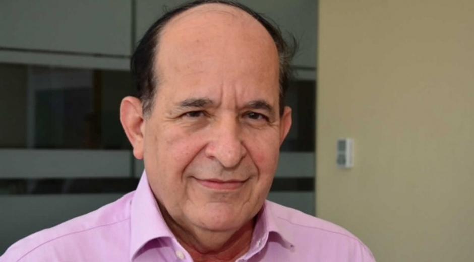 senador Álvaro Ashton.