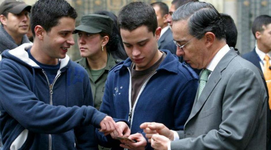 Los Uribe.