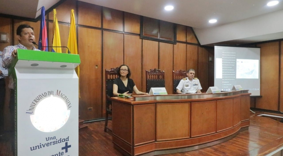 El rector Pablo Vera y la viceministra Natalia Ruiz en Unimagdalena