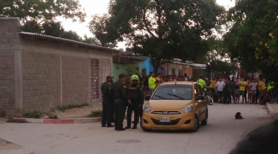 La Policía acordonó el sector en donde fue asesinado el taxista.