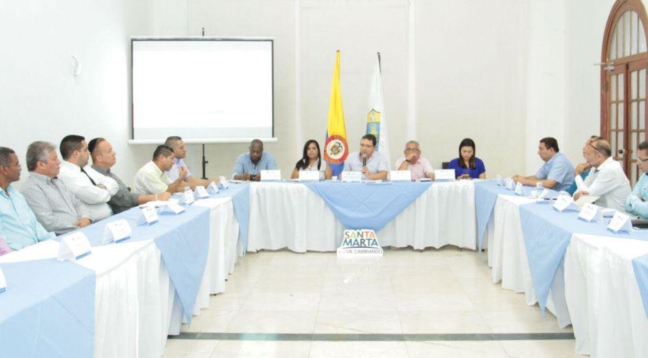 Los líderes sociales religiosos de Santa Marta se tomaron un tinto con el Alcalde.