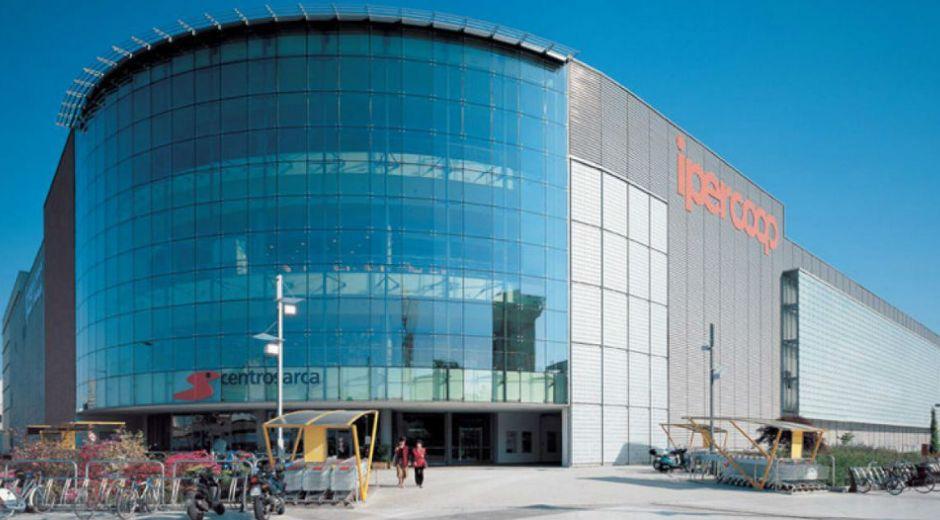 Centro comercial de Sesto San Giovanni.