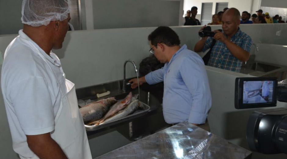 Entrega de la nueva Plaza Especializada de Pescados y Mariscos, y la Plaza de Comida Popular.