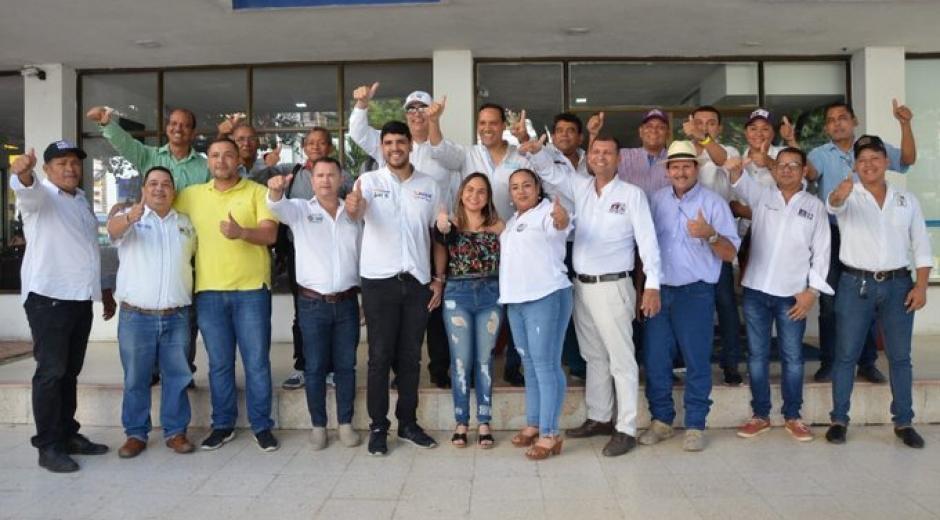 En días pasados un grupo de líderes políticos se sumaron a la campaña de Aristides Herrera.