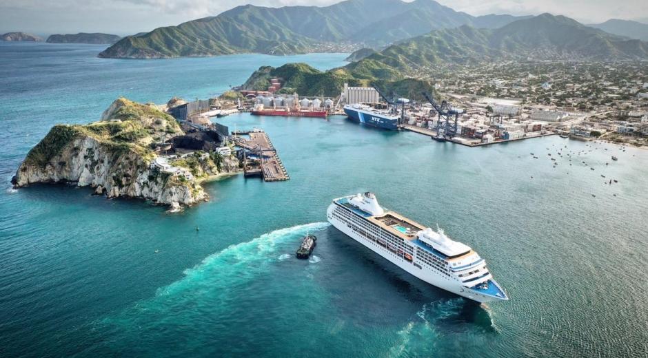 LLegó a Santa Marta el crucero Seven Seas Mariner
