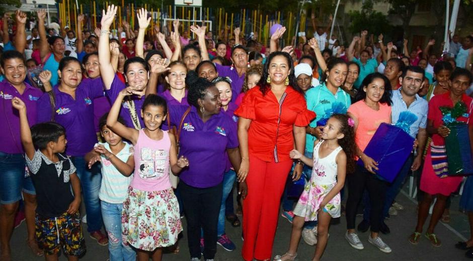 Lanzamiento de 'Madres al  Barrio'.