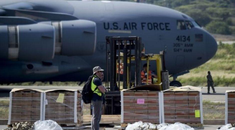Cargamento enviado con ayuda humanitaria desde Estados Unidos llega a Colombia y tiene destino final Venezuela.