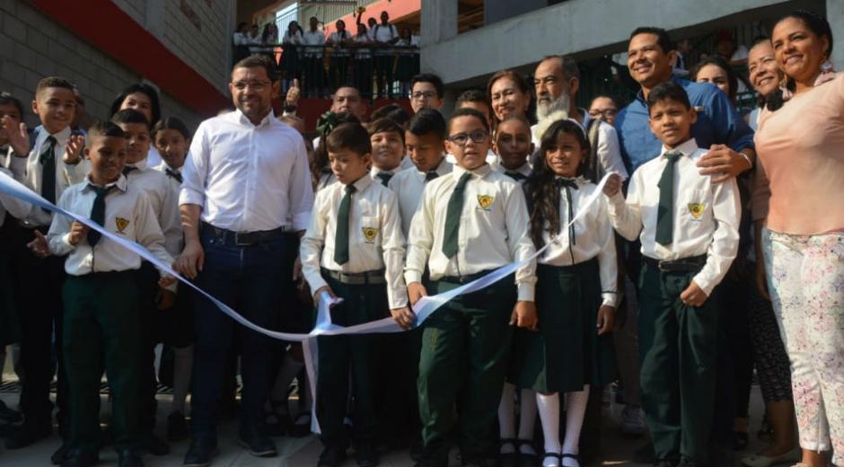 Inauguración de la nueva sede de la IED Industrial.