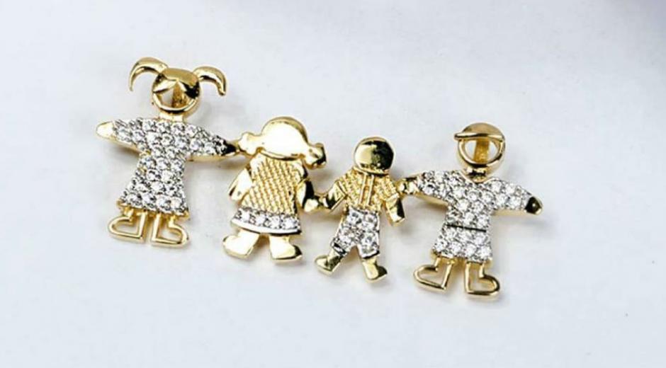 Encuentra dijes de oro y piedras preciosas en la Joyería Panamá. 20% de descuento con Seguimiento.co