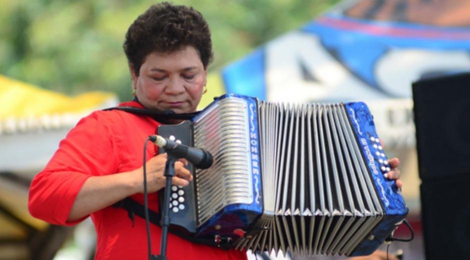 Se enaltecerá la trayectoria artística de varios acordeoneros, entre ellas de Maribel de los Ángeles Cortina Fonseca.