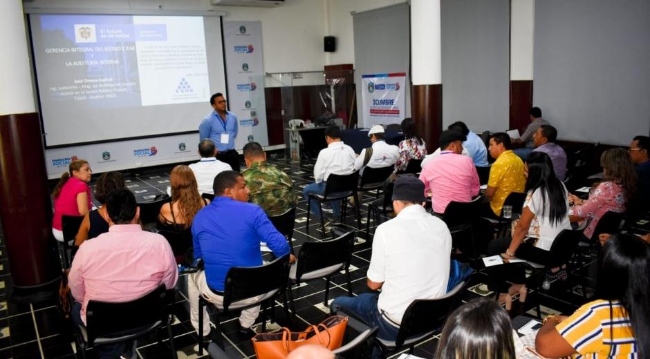 Jefes de Control Interno del Departamento participaron en I Cumbre liderada por la Gobernación del Magdalena.
