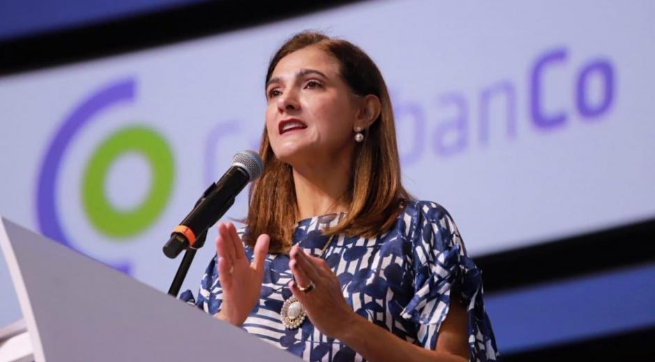 La ministra de Transporte, Ángela María Orozco.
