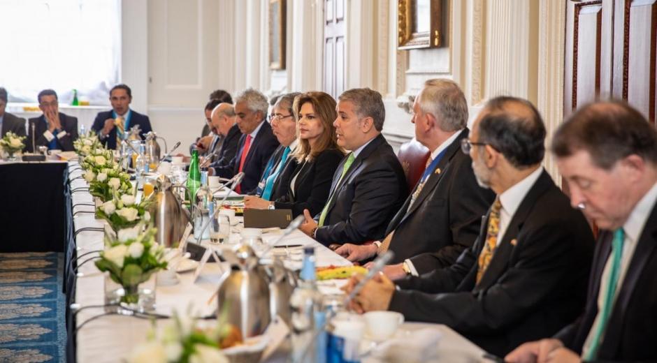 Flavia Santoro en la gira del Presidente Duque en Europa.
