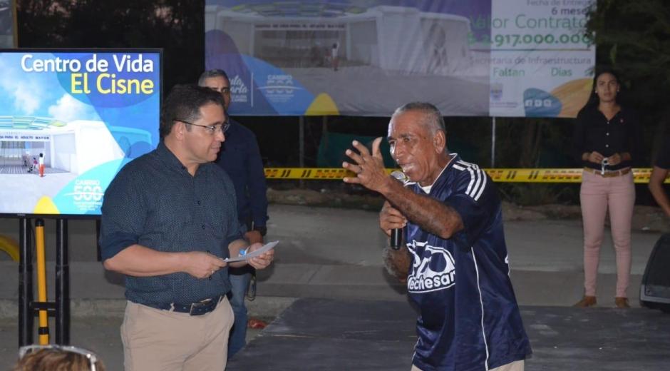El alcalde de Santa Marta, Rafael Martínez, dio inicio a la obra del Centro de Vida para Adulto Mayor El Cisne