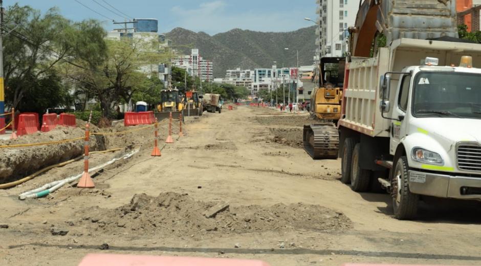 Obras de ampliación de la carrera cuarta de El Rodadero.