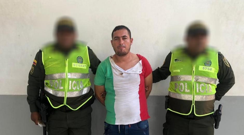 Alias 'El Cachaco' tras ser llevado a la URI.