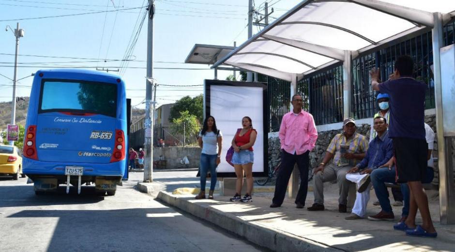 Nuevos paraderos para buses del SETP.