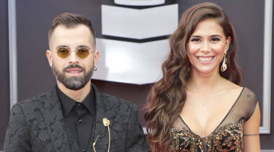 Mike Bahía y Greeicy Rendón