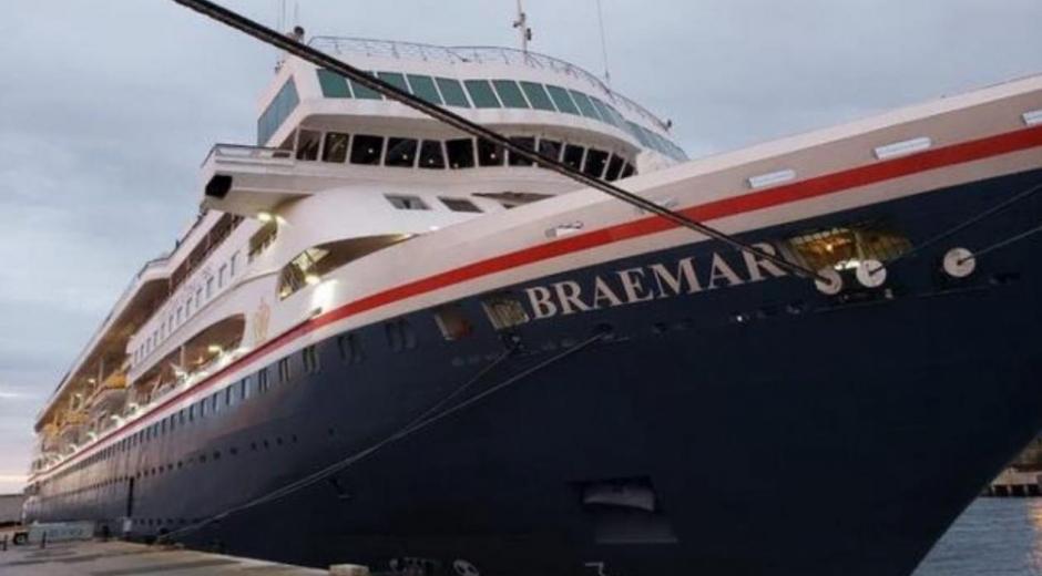 Crucero Bremar.