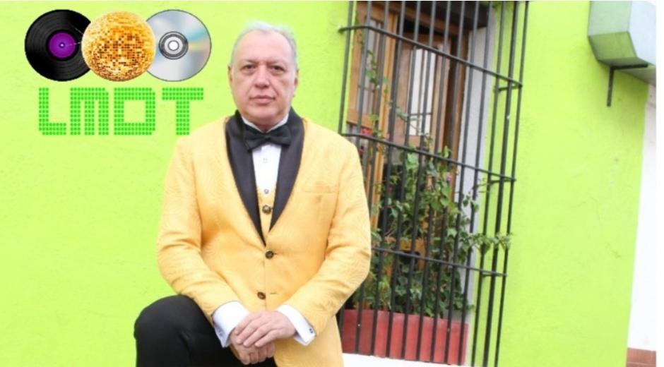Ricardo Román, cantante samario.