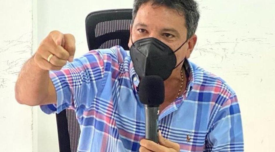 Juan Carlos Palacio citó a la gerente de la Essmar.