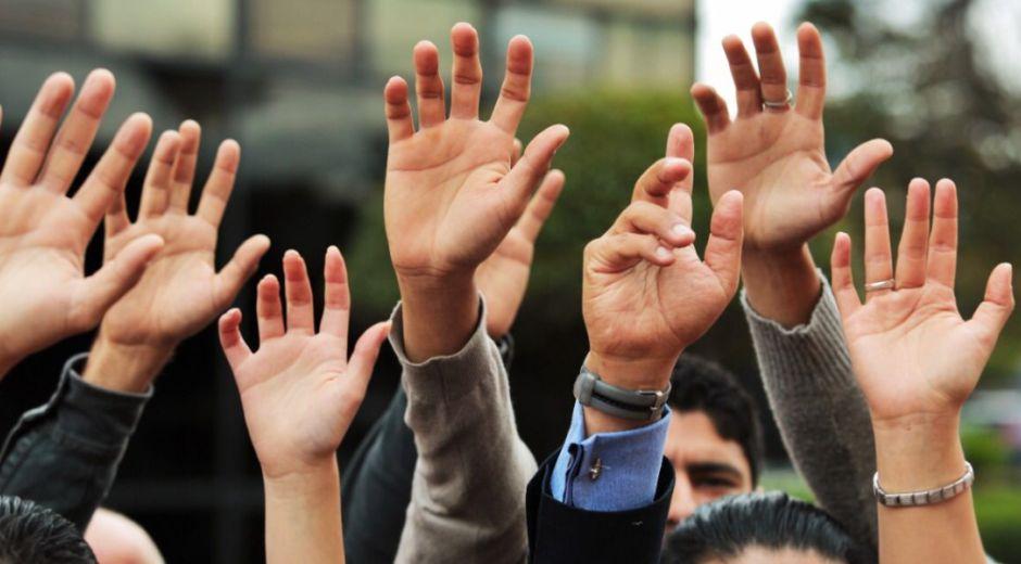 El 17 de diciembre del 2021 vence el término para la presentación de firmas de los candidatos postulados por grupos significativos de ciudadanos o movimientos sociales, así como los promotores del voto en blanco.