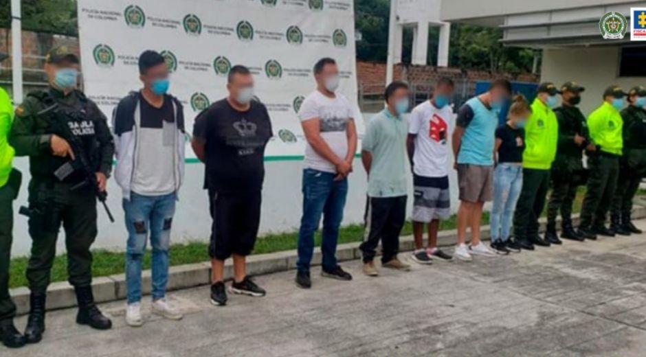 Asegurados 7 presuntos integrantes de la primera línea 'la y'.