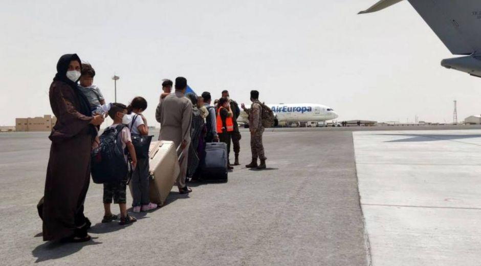 4.000 afganos llegarían a Colombia.